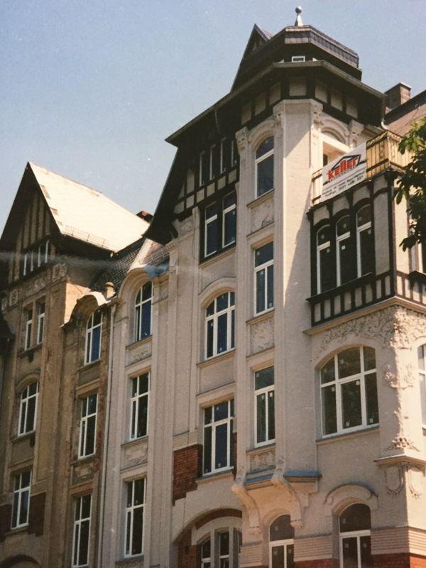 Attraktive 3-Zimmer-Altbauwohnung mit Balkon und
