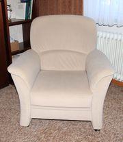 Zweisitzer Couch und ein Sessel