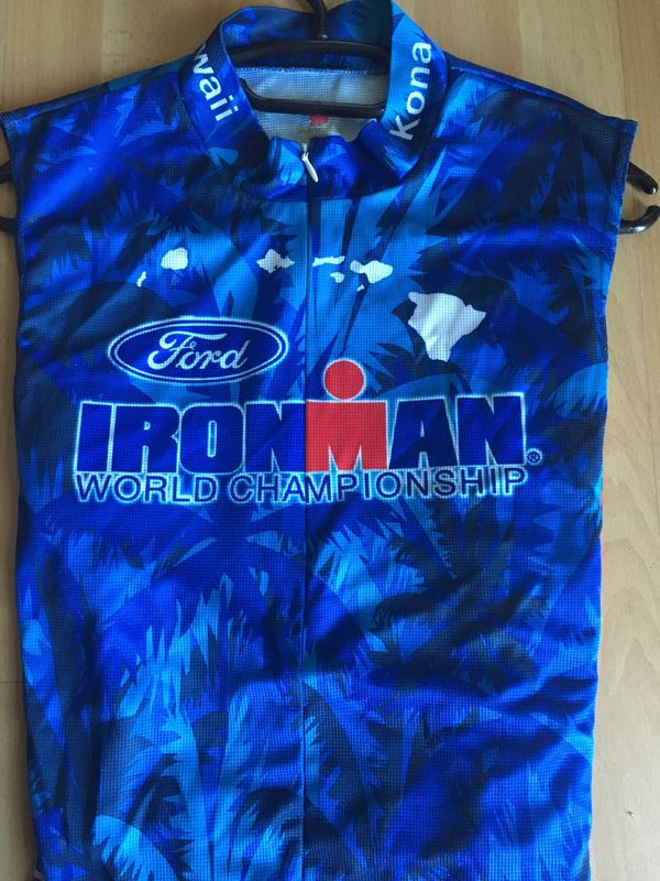 19 Ironman Hawaii & Ironman Germany Artikel