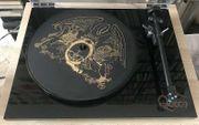 Rega Plattenspieler Special Edition Queen