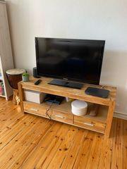 TV Board vom dänischen Bettenlager