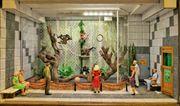 einmaliges Geschenk - Schöner Schaukasten Affenhaus