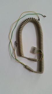 Alte Telefonkabel aus dem Jahr