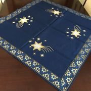 13 handgearbeitete Weihnachts- Tischdecken und