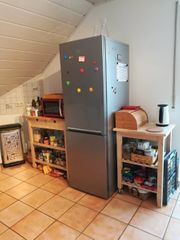 Kühl-Gefrier-Kombination beko neuwertig