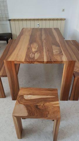 Bild 4 - Tisch mit Sitzbänken und Hocker - Schnaittenbach