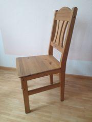 Stühle aus Kiefernholz bis zu