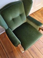 Zwei schöne und bequeme Sessel