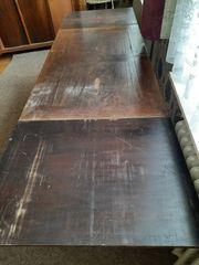 Sehr alter Holztisch zum Ausziehen