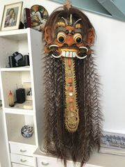Traditionelle Holzmaske aus Indonesien