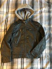Verkaufe gut erhalten schwarze Lederjacke