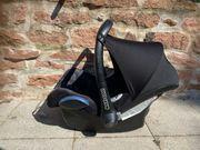 Maxi Cosi Babyschale schwarz blau