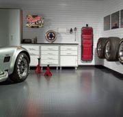 Suche Unterstellplatz - Garage - Halle für