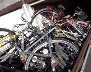 10 Fahrräder als Ersatzteilspender
