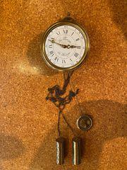 Wanduhr mit Schlagwerk Le Temps