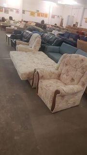 Sofa mit Sesseln und Schlaffunktion