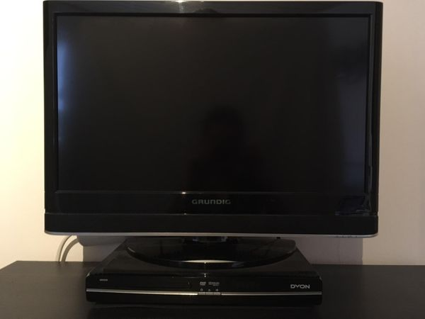Grundig Flachbild TV DVD Player