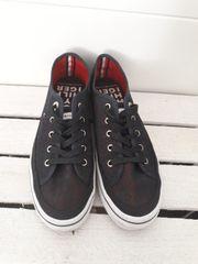 Tommy Hilfiger Schuhe Gr 38