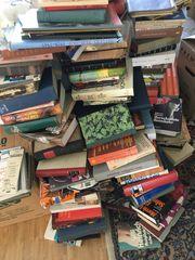 Viele alte Romane zu verkaufen