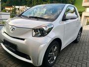 Toyota iQ 2 1 0