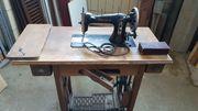 Antike Nähmaschine Fabrikat Mundlos