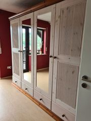 Komplettes Schlafzimmer stabile Ausführung - Bett - Schrank