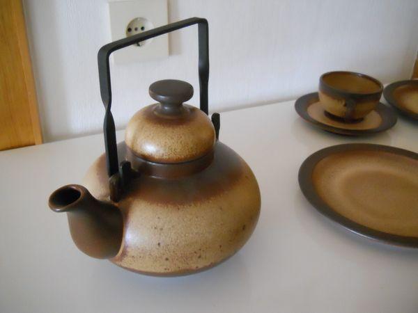 Teeservice Steingut braun beige neuwertig