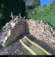 Brennholz Ofen fertig trocken