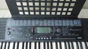YAMAHA PORTATONE Keyboard PSR 320