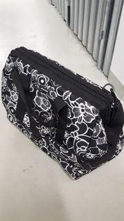 Eine geräumige Reisetasche von Reisenthel