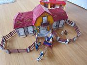Playmobil großer Reiterhof und Mitnehm-Reiterhof