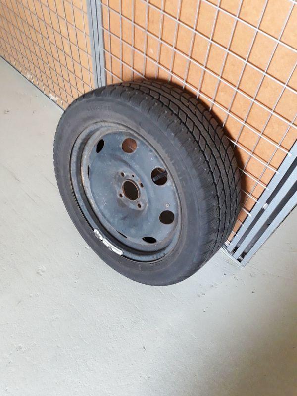 Winterräder Felgen und Reifen Peugeot
