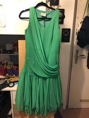 Elegantes Abendkleid aus echter Seide