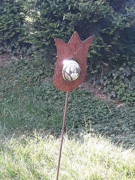 Metalldekoration Tulpe mit silberner Kugel: Kleinanzeigen aus Reutlingen - Rubrik Sonstiges für den Garten, Balkon, Terrasse