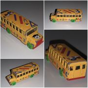 Matchbox School Bus 1 2