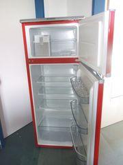Kühlschrank mit seperatem Gefrierfach von