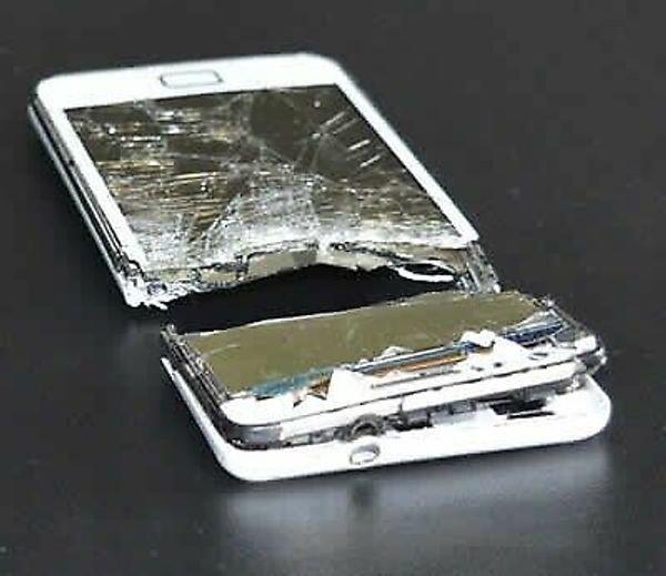 Datenrettung bei kaputtem defektem Handy