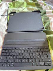 Tastatur mit Hülle und extra