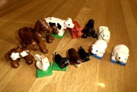 Spielzeug: Lego, Playmobil - einz Lego Group Teile