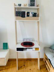 Schreibtisch inkl Bücherregal