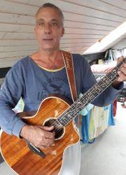 Musiker sucht andere für Akustik-Projekt