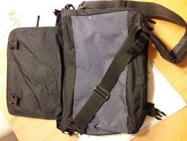Umhängetasche Eastpak: Kleinanzeigen aus Vaihingen - Rubrik Taschen, Koffer, Accessoires