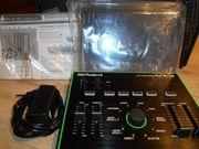 ROLAND VT-3 Voice Transformer VOCODER