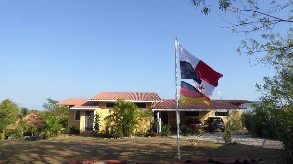 Panama IL Privatverkauf 2 Häuser