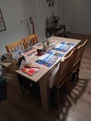 Tische und Stühle abzugeben