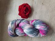 Schöne handgefärbte Wolle Sockenwolle 150gr