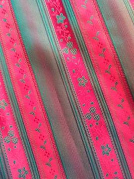 Rot Grüne Dirndl Schürze inklusive: Kleinanzeigen aus Abensberg - Rubrik Damenbekleidung