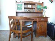 Antiker Schreibtisch mit Aufsatz und