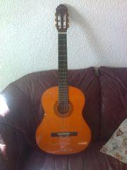 Für Anfänger gebrauchte Konzertgitarre C
