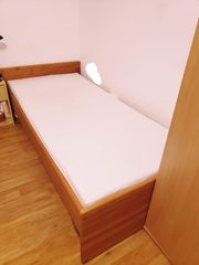 Bett 90x200cm inclusive Lattenrost und